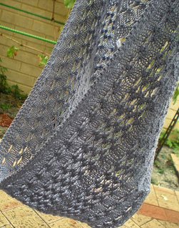 Banksia_cowl_3_small2