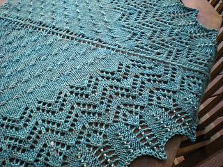 Catheral_shawl2_small2
