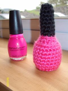 Princess_pink_nail_polish__close_up__2__small2