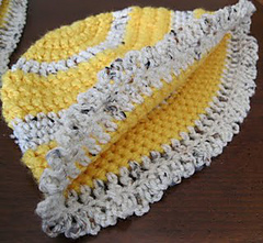 Yellow_hat_small