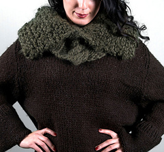 Scarves_warblercowl2_small