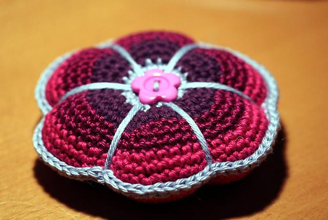 pincushion2_medium2.jpg