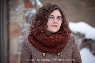 Fosetta_cowl_verdant_watermarked_small2