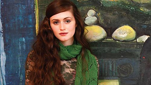 Elise_scarf_1_medium
