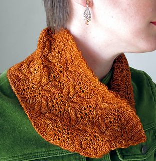 Cowl_detail1_small2