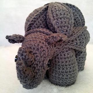 Crochet_rhinosaur__12__small2