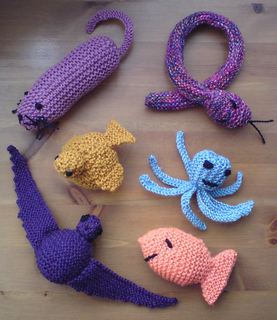 Free Cat Crochet Pattern - Red Ted Art - Make crafting with kids ... | 320x277