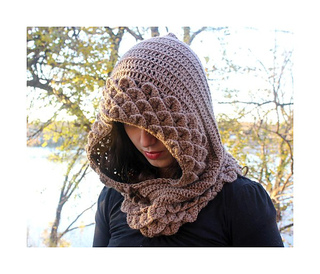 Hooded-cowl_side_border_small2