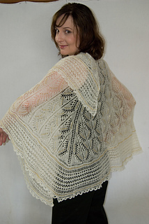 Angelwing_shawl_small2