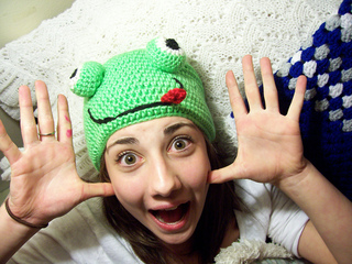 Hat_froggy_1_small2