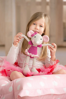 Ballerina_mouse_crochet_small2