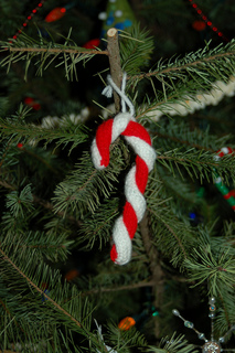 Knit Candy Cane Pattern by Amiable Knitting