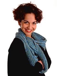 Moebius_purl_ridge_scarf_small2