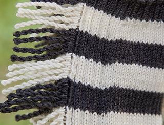 Zebra_tendrils_closeup_small2