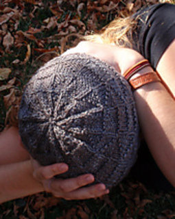 Pythagorean_hat_crown_small2