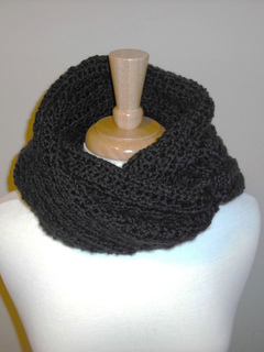 Character_crochet_hooded_scarf_673_small2