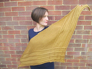 Tancook_bfl_debbis_bliss_shawl_small2