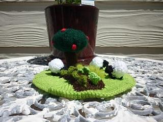 Sheep_in_the_garden_2_small2