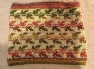 Cowl_autumn_leaves_small2