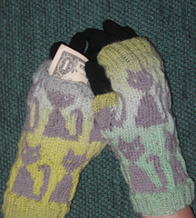 New_kitty_mitts_002_small