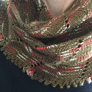 Diagonal_rib_lace_cowl_4_small2