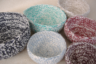 Mixed_up_colors_six_nesting_bowls_3_small2