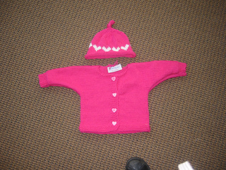 Shannon_s_baby_s_sweater_small2