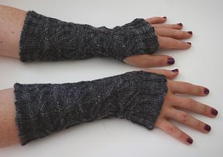 Black_wrist_1_small2