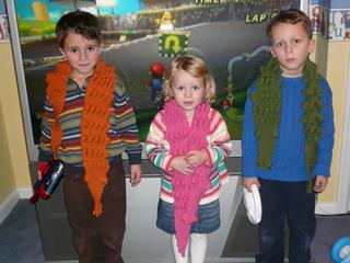 Alligator_scarves_007_small2