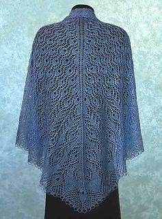 Peacock_feathers_shawl_small2