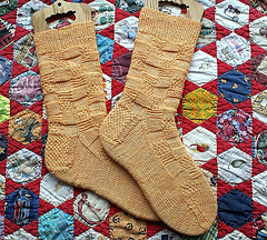 Patchwork_weasley_socks_by_grandma07_small