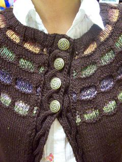 Looking_glass_sweater_019_small2