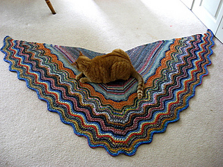 Dadzi_shawl_blocking__2__small2
