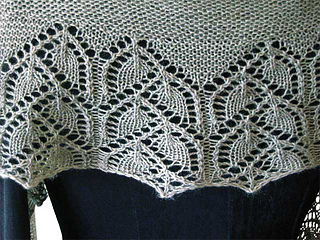 Lacy-crescent-thing-2012-11-14g-blank_small2
