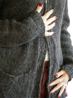 Elara-2011-11-8c-blank-800_small2
