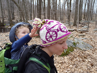 Stanascrittersetc_bicycle_hat_4_small2
