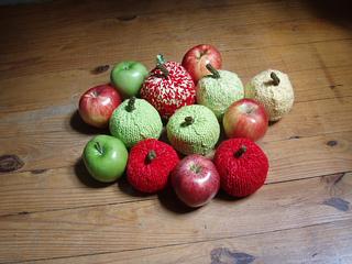 Stanascrittersetc_apples_small2