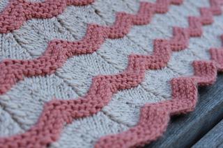 Baby_cashmerino_ripple_blanket__4__small2