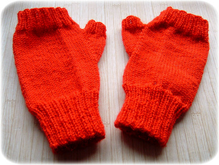 Redmitts_small2