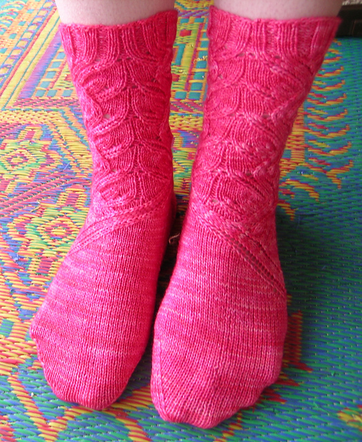 Francoise's Ripple Leaf Socks