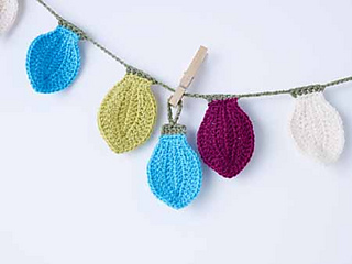 0233-festive-permann-garland_small2