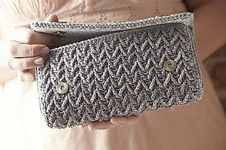 Anderson_clutch_detail_2_small2