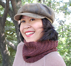 Brigadoon_neckwarmer1_small
