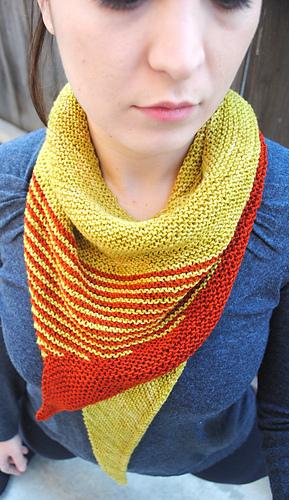Striped_tooth_shawl_primary_medium