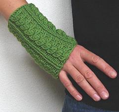 Green_wrist_warmers_2_small