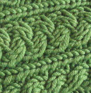 Green_wrist_warmers_5_small2