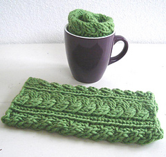 Green_wrist_warmers_6_small