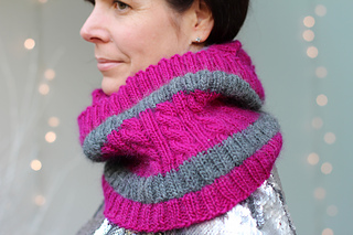 Crisp_and_even_cowl_lge_3_small2