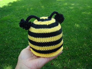 Bumble_beehat_small2