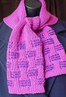A133-dsc01539-scarf-500_small2